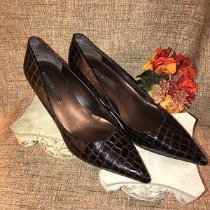 Bandolino pointed toe kitten heels